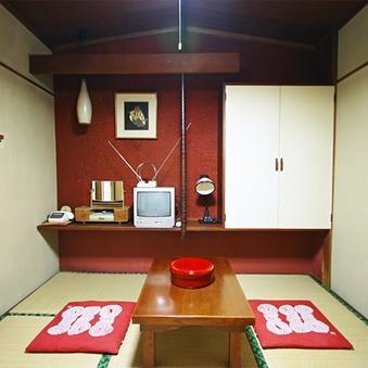 小和室 (気軽な素泊まり)