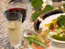 旬のディナーにはワインが合います