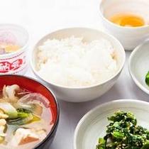 ごはん・納豆・お味噌汁etc・・・日本人の定番メニューです