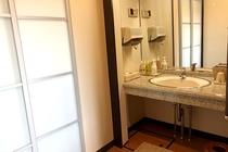 露天風呂付和洋室【美】洗面台