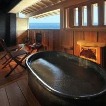 【新渚感☆然zen】2010年デビューの和洋室的な露天風呂付客室。