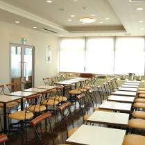 明るい朝食コーナーで、1日の始まりを元気にお出迎え致します!!