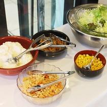 朝食の一例 ビュッフェスタイル おかわり自由♪