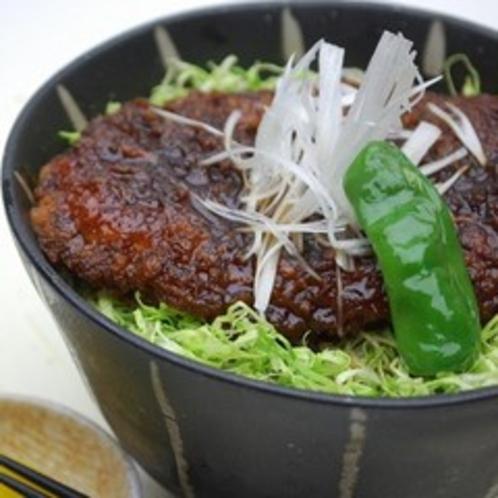 【夕食】ソースかつ丼