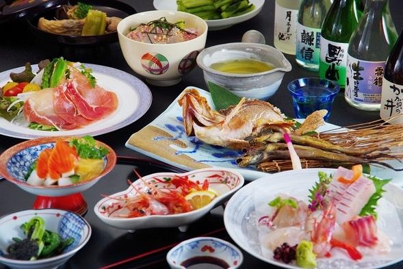 【糸魚川地酒五蔵を飲み比べ】お酒好きの料理長が考えた地酒で乾杯「地酒と地魚」プラン
