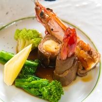 【料理一例】旬の野菜と旬の海の幸、贅沢な山と海のご馳走をどうぞお召し上がりください