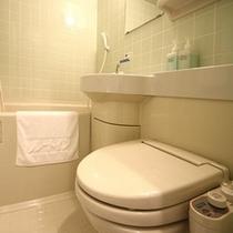 ウォシュレットトイレは温水対応です。