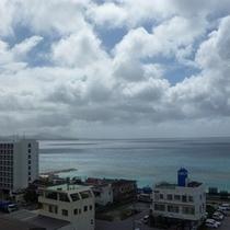 7階海側に面した客室からの眺めです。