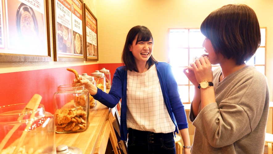 【月岡温泉街】新潟米菓premiumSENBEI田(DEN)