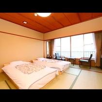 *テラスなしの和室10畳☆フランスベッドを使用しています。寝心地を実感して旅の疲れを癒されてください