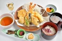 天ぷら定食(うず汐)