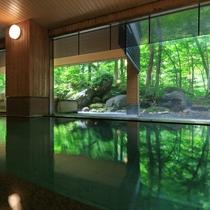 ■大自然の湯「鳥の声」 大浴場(夏)