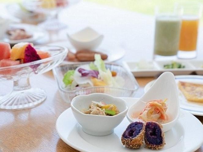 朝食バイキング②