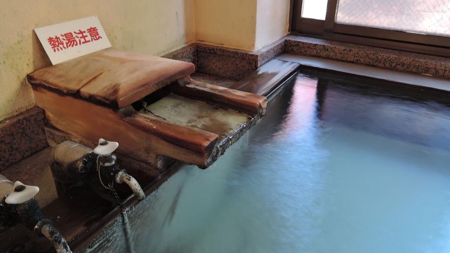 *天然温泉/志賀山温泉を源泉かけ流しをお楽しみいただけます。