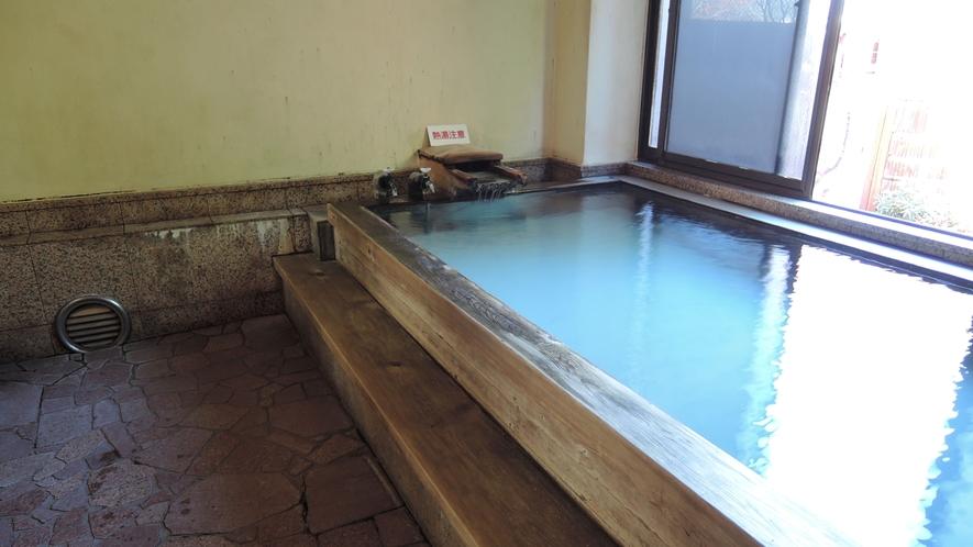 *お風呂(女湯)一例/志賀山温泉を源泉かけ流しをお楽しみいただけます。