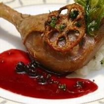 フランス産鴨肉のコンフィー