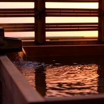 貸切露天檜風呂 『夕和月』