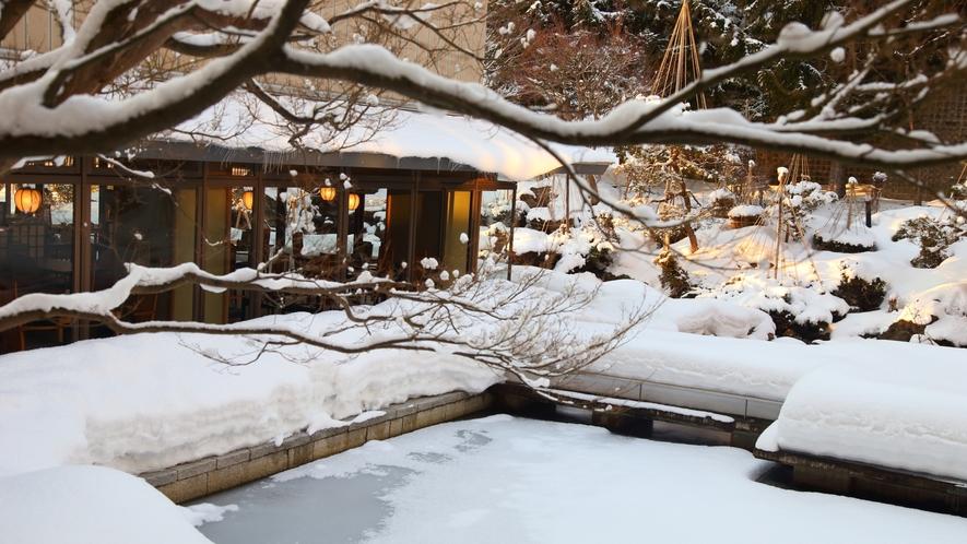 目の前に広がる雪景色をおたのしみください