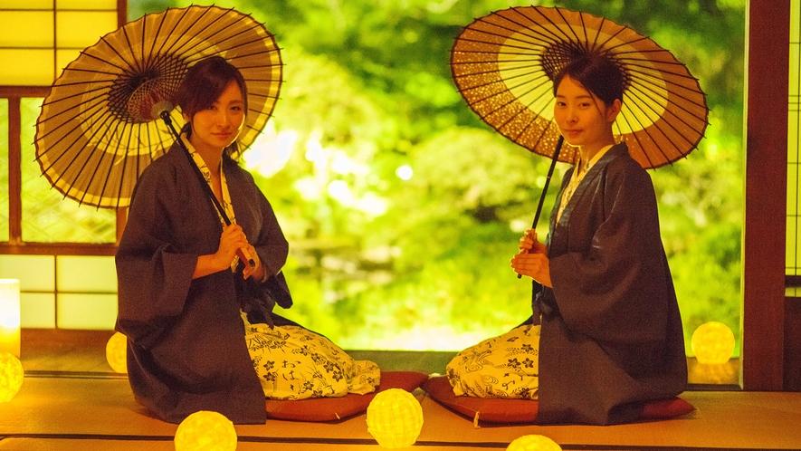 *宿泊者限定で大広間を開放しております。松濤園のライトアップをお楽しみください。