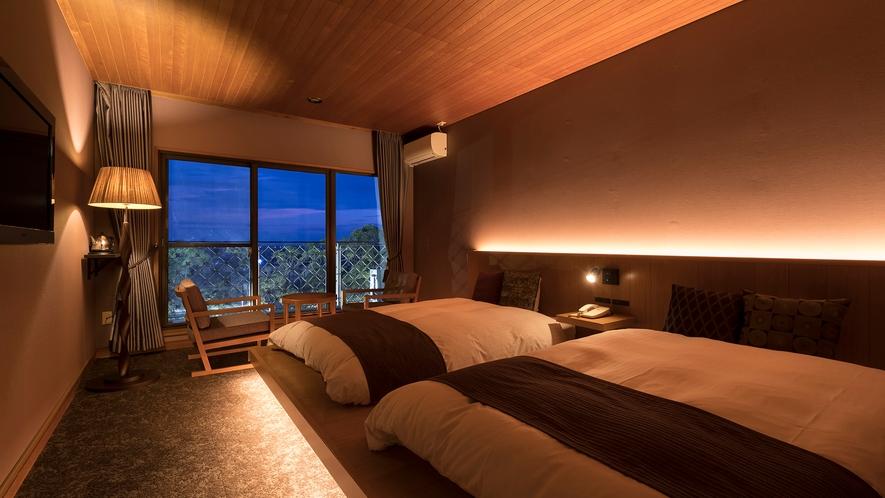 *【洋室】ベッドルームからも日本庭園「松濤園」を臨むことができます。