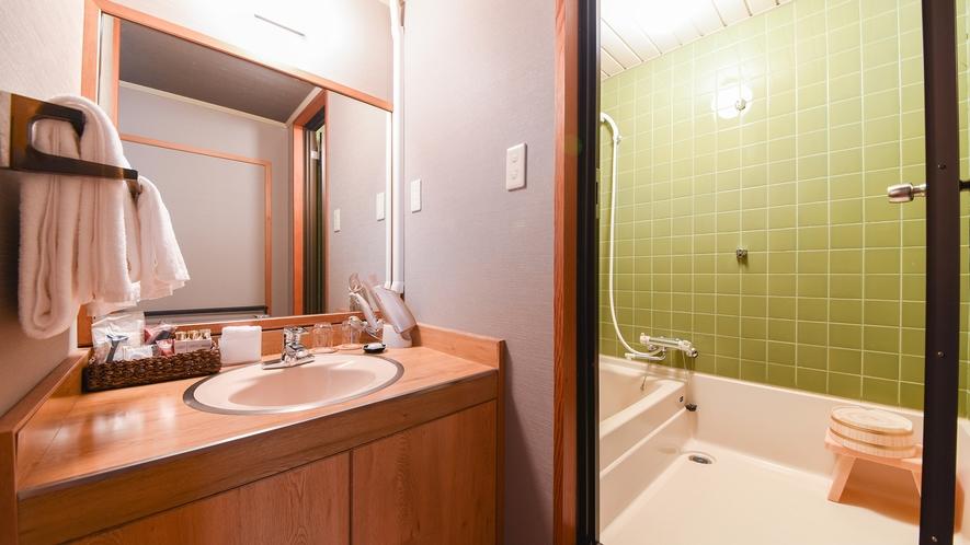 *【和室8畳】バス・トイレ
