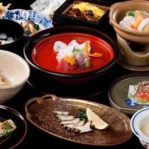 料理長が考え抜いた贅沢な会席コースです。至福のひと時をお楽しみください。