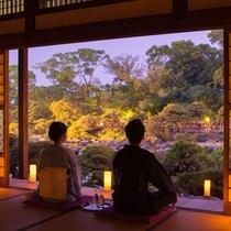 【大広間】松濤園の灯篭灯り。昼間とは違った雰囲気の松濤園をお愉しみください(18:00~21:30)