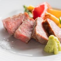 【ステーキ】お口の中でとろける牛肉ステーキ。