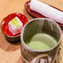 チェックイン時のお抹茶と和菓子