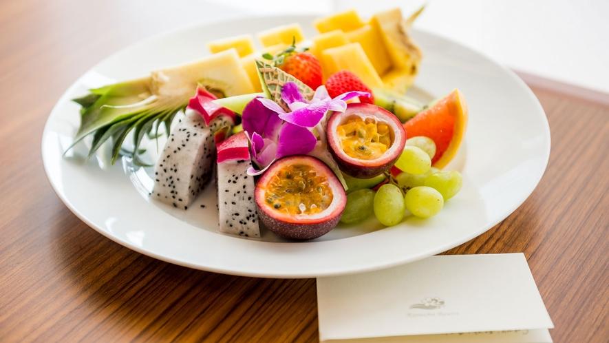 【カットフルーツ】旬の新鮮な南国果実を、食べやすくカットしてご提供いたします。(有料)