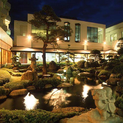 日本庭園(夕景)