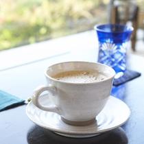 ロビーでコーヒー