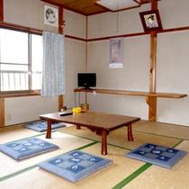 *【和室一例】畳でゴロゴロ♪のんびりお過ごしいただけます。