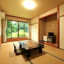 【お部屋】和室9畳・庭側