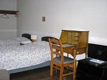 ホテル風の部屋