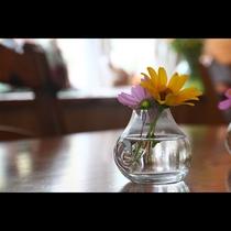 イメージ◆ダイニングルームを彩るお花