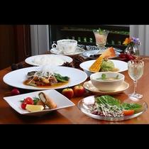 ライト夕食◇品数を減らたリーズナブルな手作り料理です。
