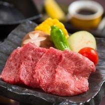 【追加料理】国産牛鉄板焼き ※イメージ