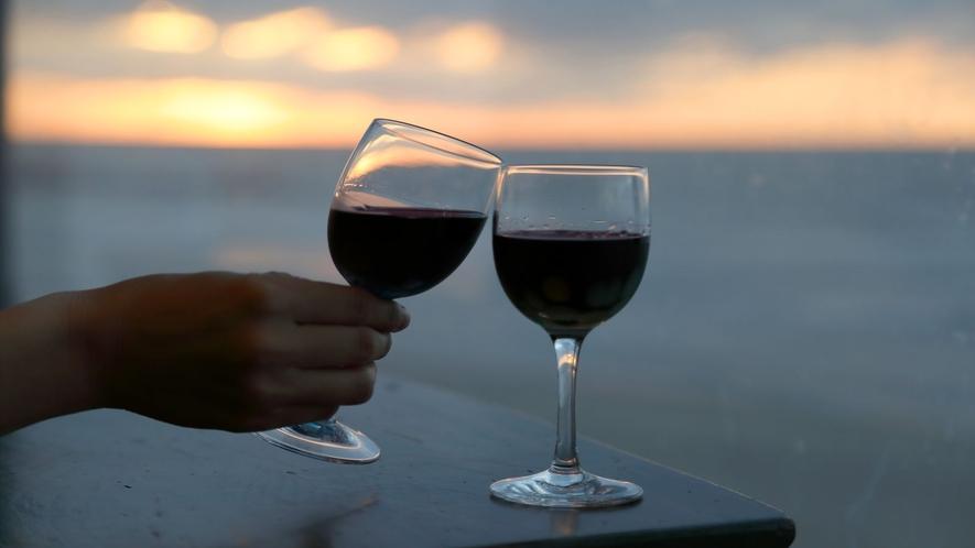 夕刻時にはラウンジにてワイン&玉こんにゃくのサービスがございます♪