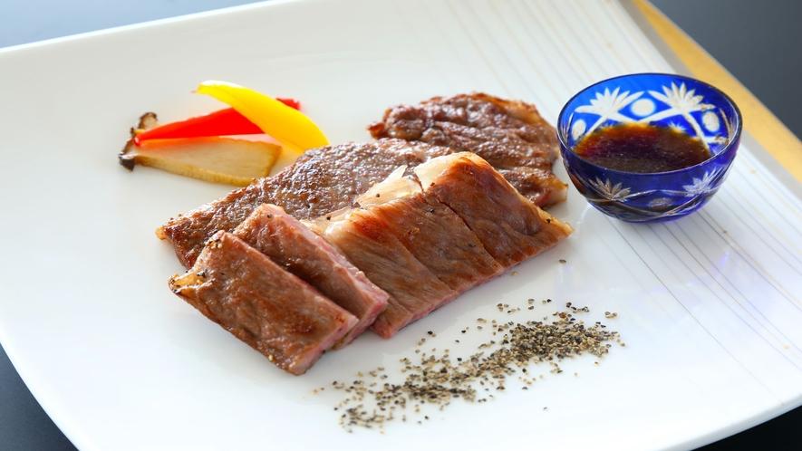 【オプションも可】お肉派も嬉しい「和牛ステーキ」♪(2人前・一例)