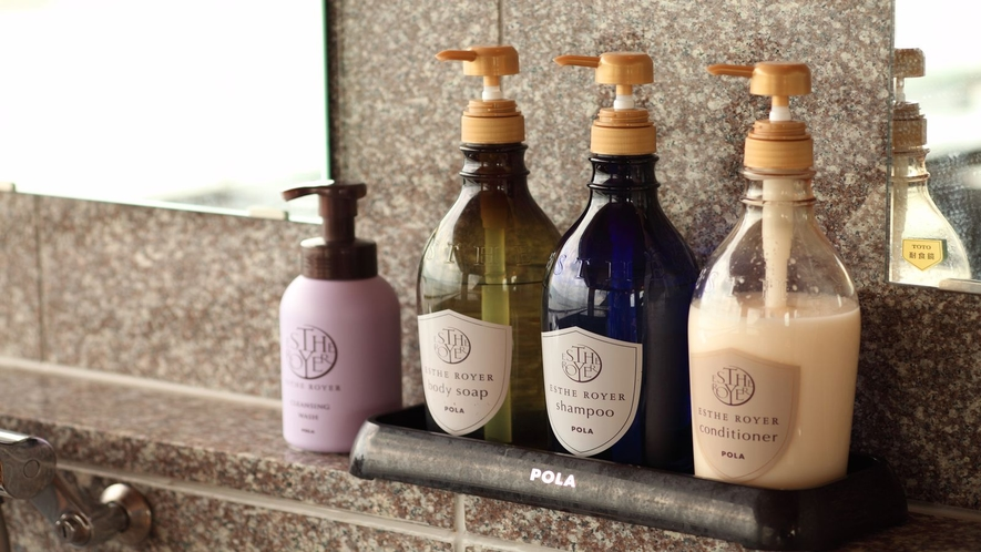 大浴場毎に異なるシャンプー&リンスをご用意♪(POLA・TSUBAKI)
