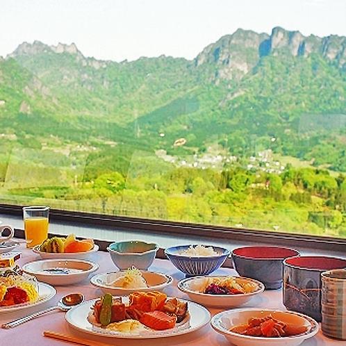 朝食も妙義山と一緒に