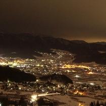 【夜景】当館から眺める湯田中(ゆだなか)の街の灯り☆