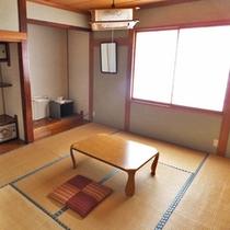 *和室一例/純和風のお部屋でのんびりとお寛ぎ下さい。