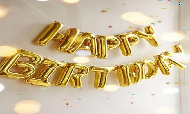 【お部屋をバルーンでサプライズ!】ケーキ&ミニブーケで記念日プラン♪