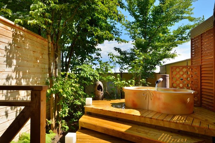 【ガーデン露天風呂】お部屋ごとの貸切制にてご利用頂けます。(チェックイン時予約)