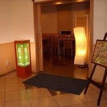 【夕食レストラン 花々亭】     営業時間18:00〜22:00(土日祝定休)