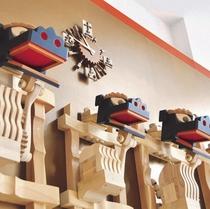≪八戸ポータルミュージアム『はっち』≫ からくり時計 毎時、神楽が歯打ちで時間を伝えます。