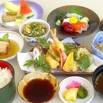 *【夕食一例】味覚で沖縄を感じていただけます。