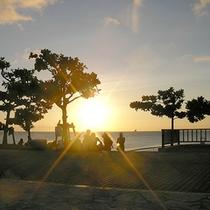 *【トロピカルビーチ】サンセットがロマンティック